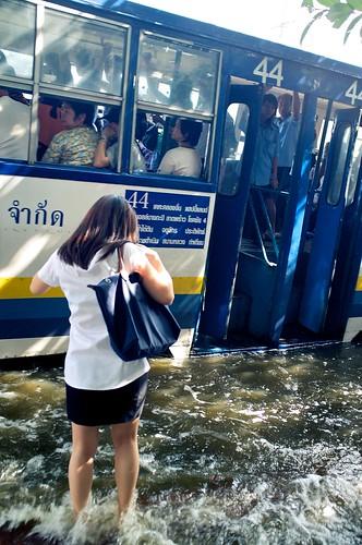 [フリー画像素材] 社会・環境, 災害, 洪水, 風景 - タイ ID:201111150000