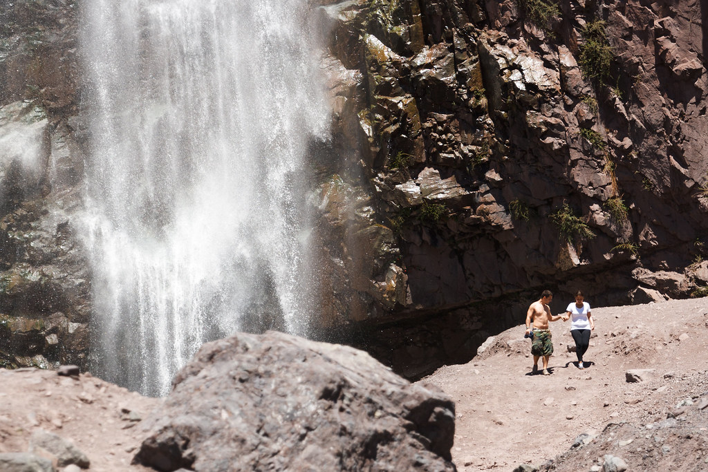 Baños Azules Cajon Del Maipo:Tema: Cajon del Maipo, baños de colina, acampada y fotos