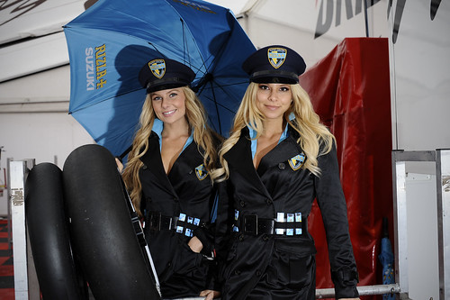 Girls Rizla Suzuki MotoGP