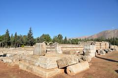 Anjar, Umayyad city, al-Walid I, 705-15, along the decumanus maximus (10) (Prof. Mortel) Tags: lebanon umayyad anjar
