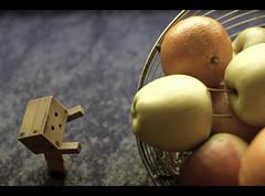 Frutas ( Hector Alonso) Tags: toy amazon yotsuba danbo boxman revoltech danboard danboo