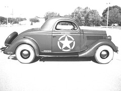 1935 FORD US ARMY CAR 2 bw (BicycleBanner) Tags: street ford car army wwii ww2 rod streetrod 1935 staffcar