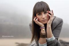 Samira - 07 [Playa Camello-2012] (Gorka Goitia) Tags: lighting light portrait cute beauty look fashion canon retrato gorgeous linda stunning framing mirada niebla composicin encuadre canoneos5d chercher luznatural canon2470mmf28lusm