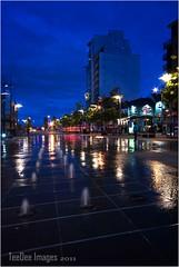 Belfast Queens sq .. (teedee.) Tags: light motion night lights boat trails belfast queens custom sq teedee
