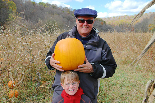 day 2660: A Pumpkin Patch Adventure with Grandparents! XII.