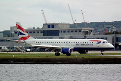 G-LCYK EMBRAER 190-100SR (tedwalkuk) Tags: city london aircraft aviation airline embraer erj190 lcy cityflyer glcyk