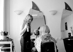 Au coiffeur a Bucarest-15dg (Julie70) Tags: people blackandwhite bw gris noiretblanc working 2006 romania hairdresser worker client meetings coiffeur picnik bucuresti gens bucarest photostroll rominia nomorestrangers