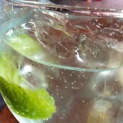 London Gin con Boylan y cítricos