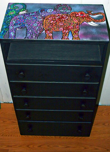 5 Drawer Dresser. by Rick Cheadle Art and Designs