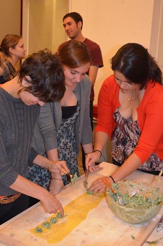 Students making Raviloi