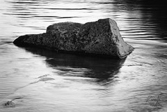 Roca entre las olas (Ivn R. Cabrera) Tags: art water stone mexico agua arte fine dgo durango roca mex piedra fino laferreria