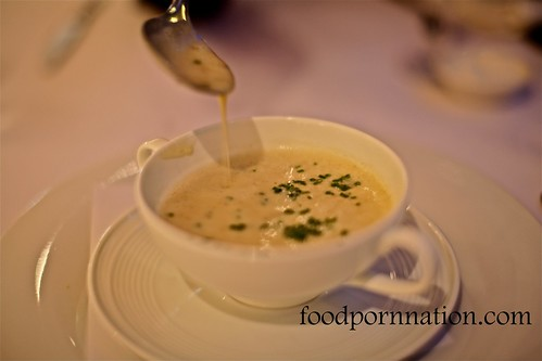 Potato, leek soup with truffles $12