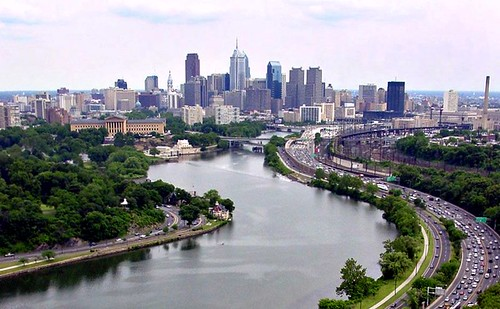 Philadelphia & the Schuylkill River (by: Kyle Gradinger, creative commons license)
