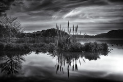 Delusive frozen lake (Rui Pedro Vieira) Tags: longexposure blackandwhite bw lake reflection portugal nature water gua landscape natural natureza lagoon shore lagoa reflexo pretoebranco azores furnas longaexposio aores lagoadasfurnas somiguel povoao flickraward ilustrarportugal srieouro greaterphotographers greatestphotographers ultimatephotographers