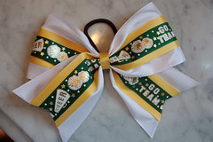 cheer bow (saucy dragonfly) Tags: two white green yellow gold diy blog bears craft saskatoon ponytail cheer saskatchewan crafty cheerleading goteam bows tutorial saucy 2012 competitive level2 schoolcolours grosgrainribbon showbow adenbowmancollegiate saucyssprinkles