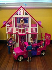 Barbie Californian Dream House (Jacob_Webb) Tags: house girly sassy dream ken barbie fake malibu clones glam sweetie superstar fashionista 2009 1962 sporty californian 2010 repro beachcruiser 2011 barbiedolls displaycabinet playsets articulateddolls barbietownhouse dollsken barbievespa barbieteresa dressbarbie barbiefashionista twilightdoll barbieglamvacationhouse fashionistadolls kenhouse barbieglampool barbiecaliforniandreamhouse 2011barbie 2011fashionista myfavoritebarbie1964swirlponytail barbiemalibudreamhouse barbiefashionistaultimatelimo fashionistajeep richwellmattel barbierichwelltradeshow barbieinthespotlight barbie3storytownhouse barbieglamvacationjet