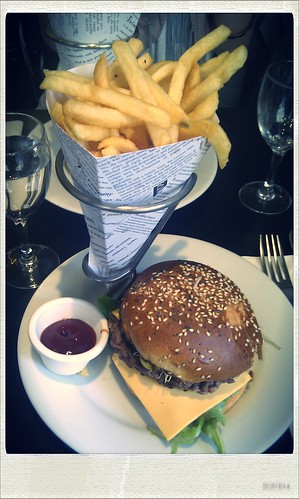 Cheeseburger au Napoléon
