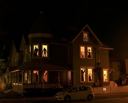 haunted house silhouettes blog.craftzine.com