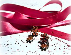 pink & glitter (Judy **) Tags: pink glitter ribbon earrings lint roze oorbellen 2011 msh1011 msh101110