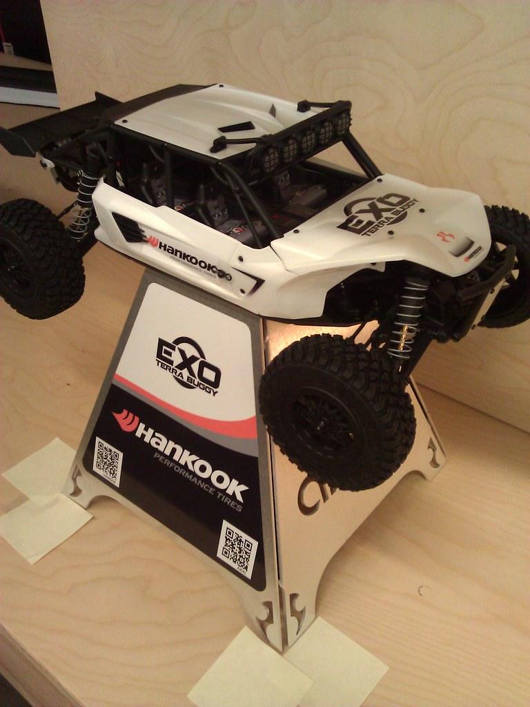 [NEW]  chez  AXIAL : EXO 1:10 Terra Buggy Kit 6302596147_3a1589808d_b