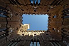 Italia - Siena - Palazzo Publico (jp_noel) Tags: italy italia tuscany siena toscana toscane renaissance italie sienne