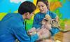 아기사자 검진 (에버랜드 (withEverland)) Tags: 대한민국 에버랜드 겨울 사육사 동물원 용인 사자 놀이공원 알락꼬리여우원숭이 황금원숭이 코아티 검진 겨울나기
