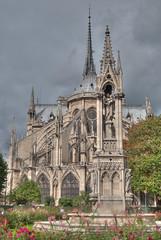 La parte oculta de Notre-Dame (kirapollito) Tags: paris france flores azul french nikon monumento capital notredame iglesias notre dame hdr d60 kirapollito