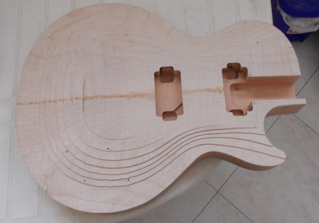 Last 59 building and real 52 59 conversion my les paul forum after binding channel is madei start with top carving usin hand made curved bladechiselanything useful for this kind of worki like to experiment about pronofoot35fo Image collections
