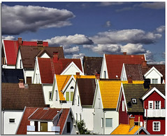 Northern roofs (Nespyxel) Tags: houses sky clouds landscape nuvole colours sweden tetti angles case roofs tiles cielo nordic northern colori paesaggio tegole svezia vstragtaland angoli vstra nordico smogen gtaland mygearandme