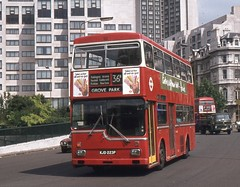 London Transport . MD23 KJP223P . Hyde Park Corner , London . 19th-July-1977 . (AndrewHA's) Tags: bus metropolitan scania grovepark londonbus hydeparkcorner londontransport mcw br111dh md23 metcamm route36b kjd223p