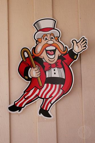 circus guy