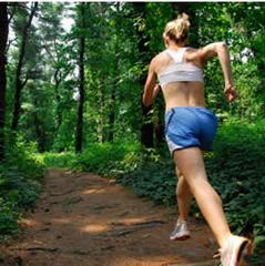 trail-running-woman
