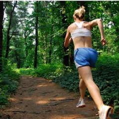 trail-running-woman
