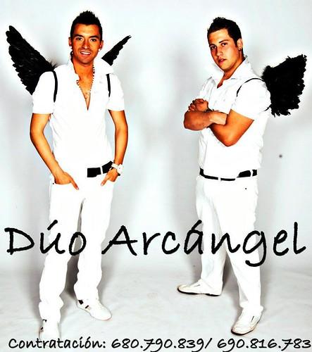 Dúo Arcángel 2011