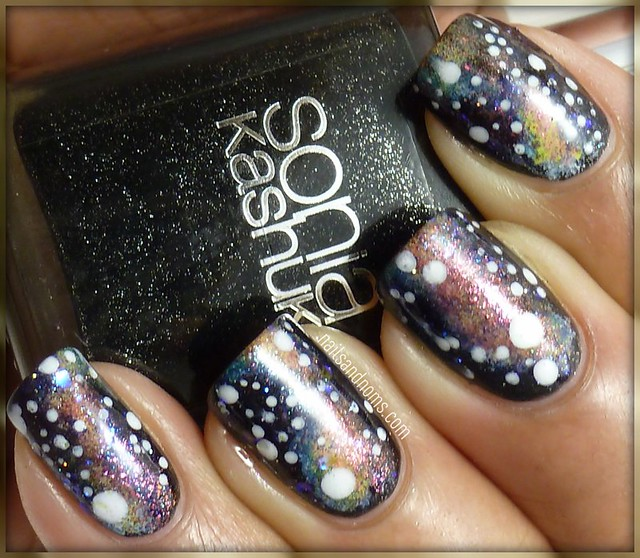 Day 19: Galaxy Nails
