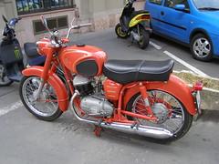 Pannonia (magro_kr) Tags: street red hungary budapest motorbike vehicle motor magyarorszag magyarorszg czerwony motocykl wegry ulica pannonia wgry budapeszt pojazd