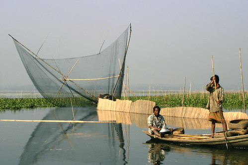 Aquaculture, Bangladesh. Photo by WorldFish, 2004