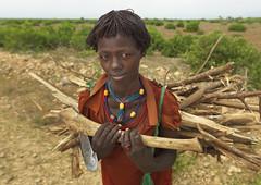 Hamer kid carrying wood - Ethiopia (Eric Lafforgue) Tags: wood kid artistic culture tribal ornament tribes axe bodypainting tradition tribe ethnic rite tribo adornment pigments ethnology tribu omo eastafrica äthiopien etiopia 2473 ethiopie etiopía エチオピア etiopija ethnie ethiopië 埃塞俄比亚 etiopien etiópia 埃塞俄比亞 etiyopya אתיופיה nomadicpeople эфиопия 에티오피아 αιθιοπία 이디오피아 種族 етиопија 衣索匹亚 衣索匹亞 peoplesoftheomovalley