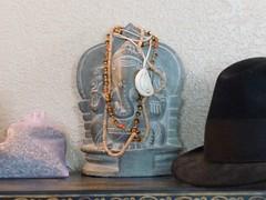 Lord Ganesha (hinduísmo) (Paul Beppler) Tags: sculpture india elephant stone ganesha god lord escultura sri ganesh devotion marble karnataka reza hinduism elefant jai mysore indien mystic ganapati symbolism senhor deus mantra devoção shri simbolismo gott remover hoffnung glaube gebet ganesa mármore misticismo índia obstáculos hindrance vighneshvara hinduísmo cântico hunduismus vighnesha carnataca simbolisch cânto mystizismus devozion maisór carnátaca