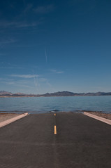 road end (Valerio Fusetti) Tags: road vegas lake lasvegas end