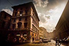 Classic Rome (Lee Carus) Tags: light sky people italy rome roma architecture glow dusk candid sony alpha a900