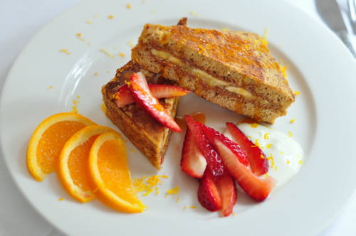 how to make banana stuffed french toast
