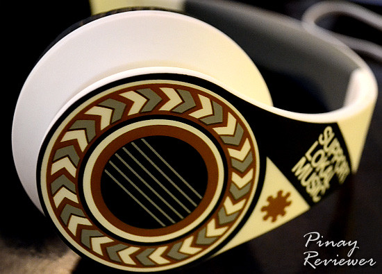 The Timbre Gitara headphone design is inspired by one of the cornerstones of Filipino music