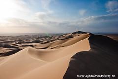 20110926-Tour Gobi-159.jpg (Ignacio Martnez) Tags: sand asia desert arena mongolia desierto gobi wste singingsands mongolei khongor khongorinels
