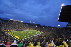 Autzen Stadium Thursday Night Football (davetefft) Tags: green college rain night oregon out james football nikon october pacific thomas stadium bears wide ducks tokina eugene cal conference 12 thursday espn autzen darron d90 1116 pac12 lamichael