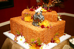 "western wedding Hay bale wedding cake • <a style=""font-size:0.8em;"" href=""http://www.flickr.com/photos/60584691@N02/6219323173/"" target=""_blank"">View on Flickr</a>"