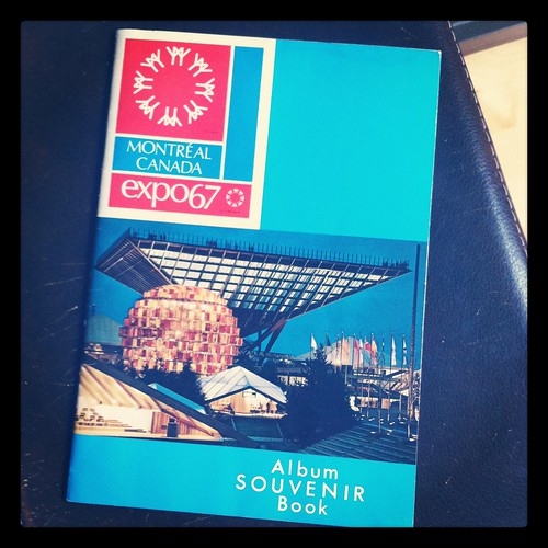 Expo 67 souvenir book