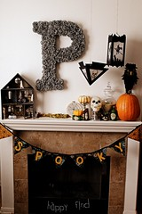 on the mantle (Venus@suburbia-soup) Tags: blackandwhite home halloween spooky wreath letter tutorial initial accessory happyfind funeralwreath