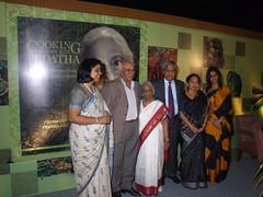 Yash Chopra, Rashmi Uday Singh & Sanjeev Kapoor launch vegetarian cookbook
