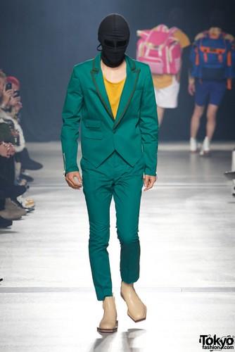 Banal-Chic-Bizarre-Menswear-Japan-Fashion-Week-2012-SS-006-600x899